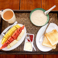 Shambhala Breakfast with Fruit Porridge